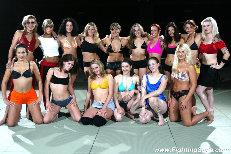 fciwomenswrestling.com article, Wrestlewiki photo
