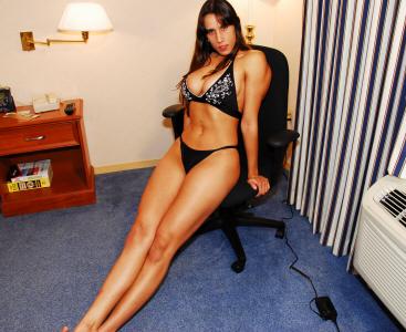 yasmin scissorvixens.com DSC_0017