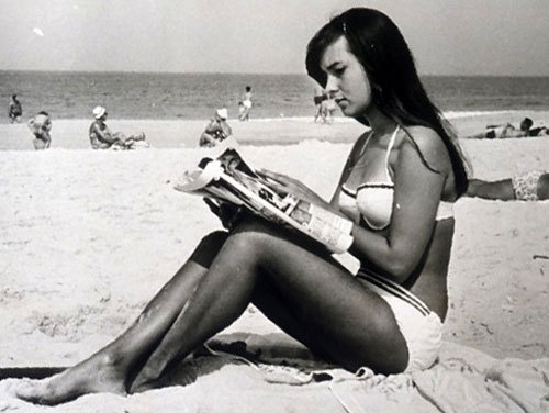 DWW's Dolores, Tanned Beauty Like The Girl From Ipanema