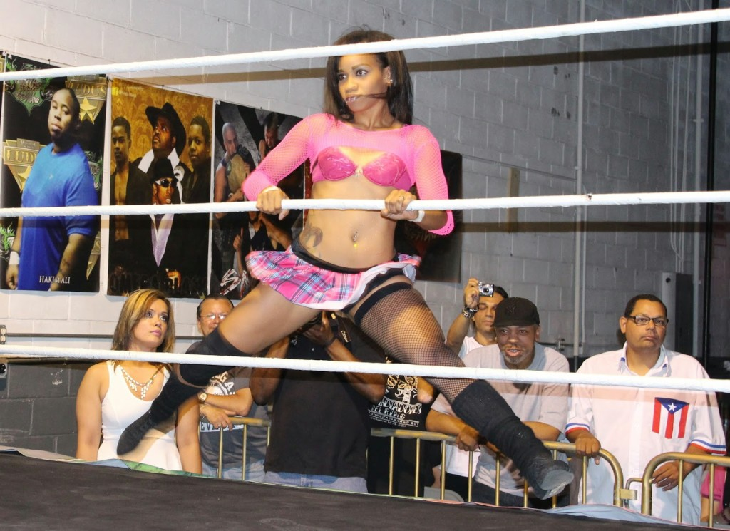 fciwomenswrestling.com article, ultimatesportstalk.com photo