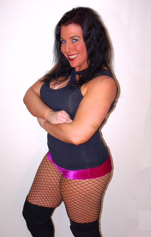 fciwomenswrestling.com article, kaceecarlise.com photo