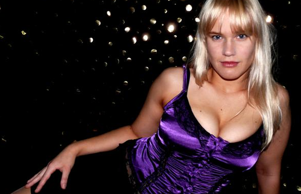 Shazza Mckenzie, Beautiful Blonde Indie Wrestler, Happy Go Lucky