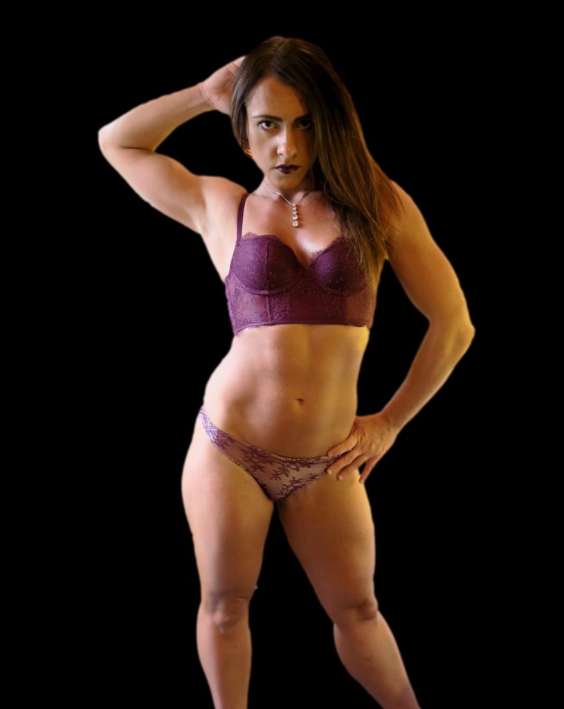 fciwomenswrestling.com article, saralipswrestling.com photo