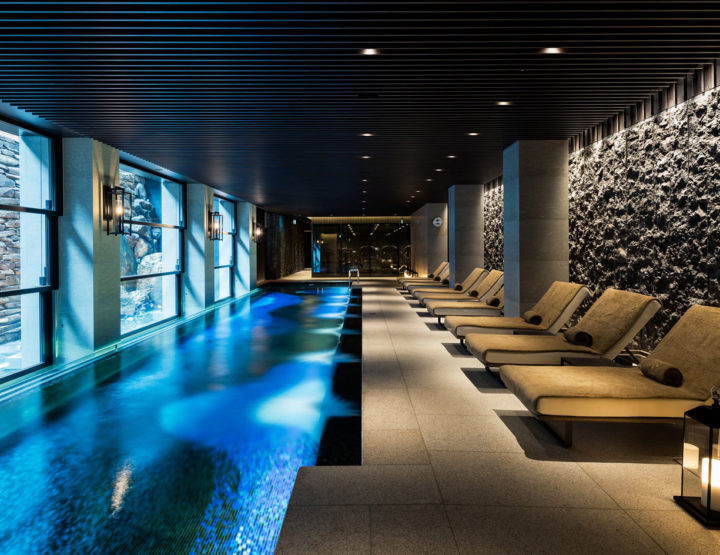 Female Athletes: Ritz Carlton Kyoto, Unique Lifetime Memory