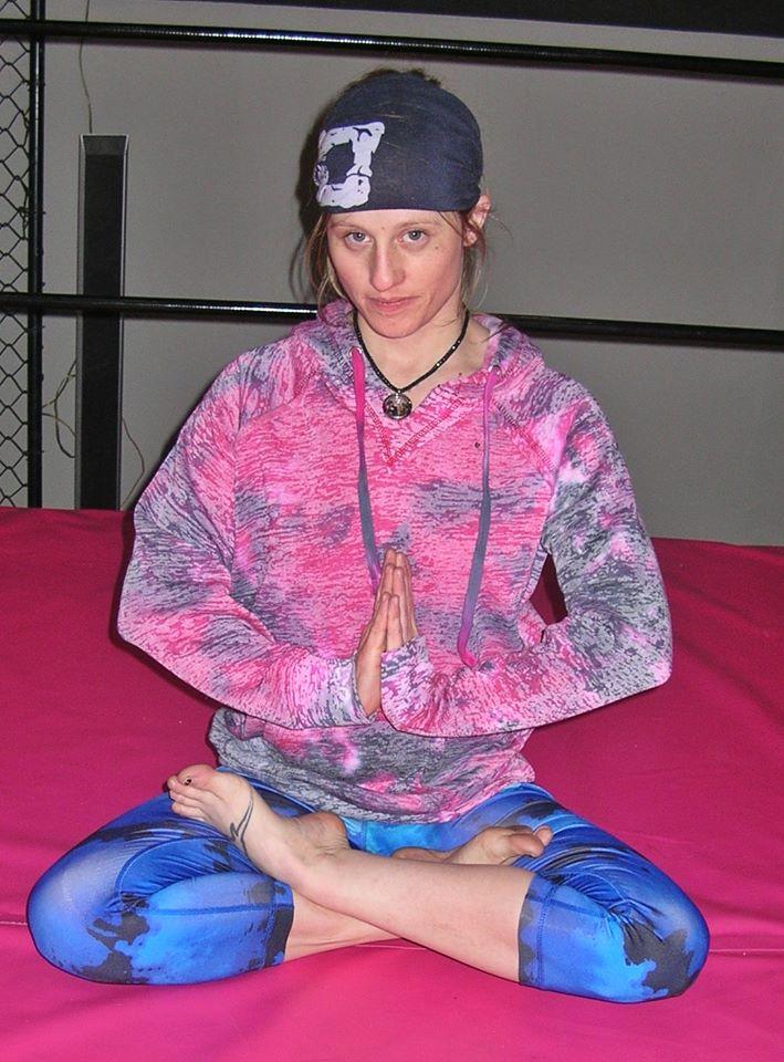 fciwomenswrestling.com article, freshfite.com photo