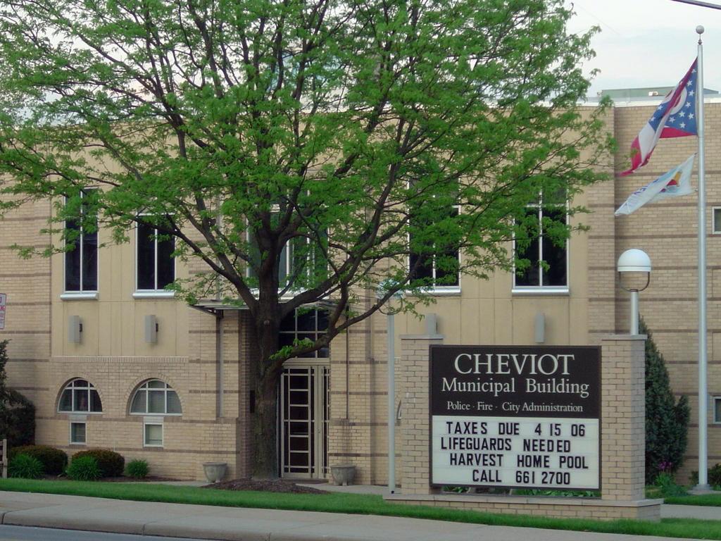 fciwomenswrestling.com article, city-data.com photo