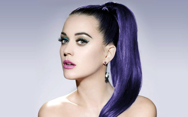 Mega Star Katy Perry's Wonderful New Relationship With H&M