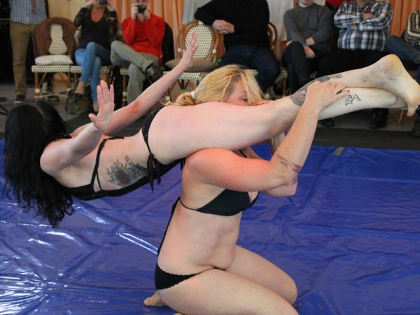Best Recent Fem Submission Wrestling Matches, Germany