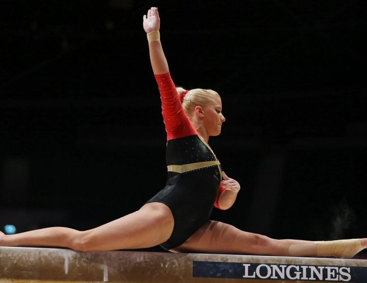 Elisabeth Seitz, Gorgeous German Artistic Gymnast, Raises The Bar