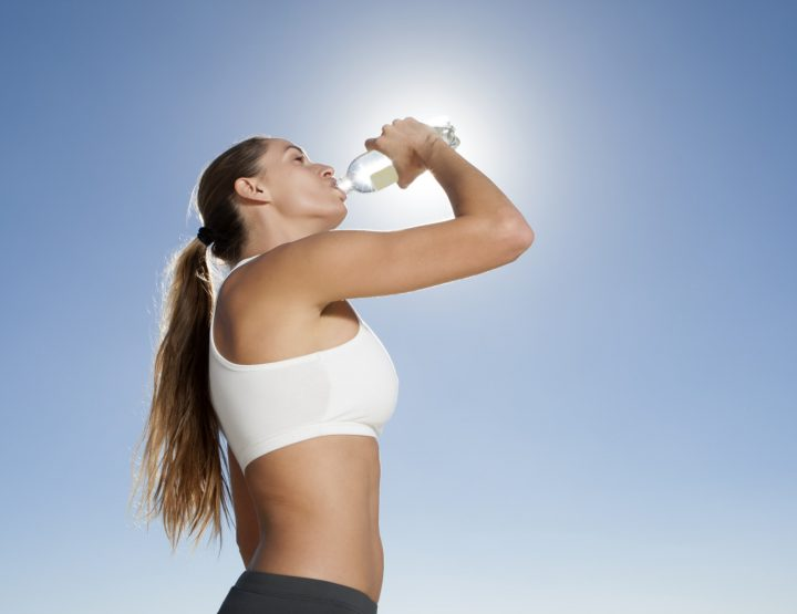 Fem Athletes: Hydration - Key to Sports Nutrition & Getting a Six Pack