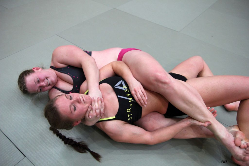 fciwomenswrestling.com article, Female Wrestling Zone photo credit