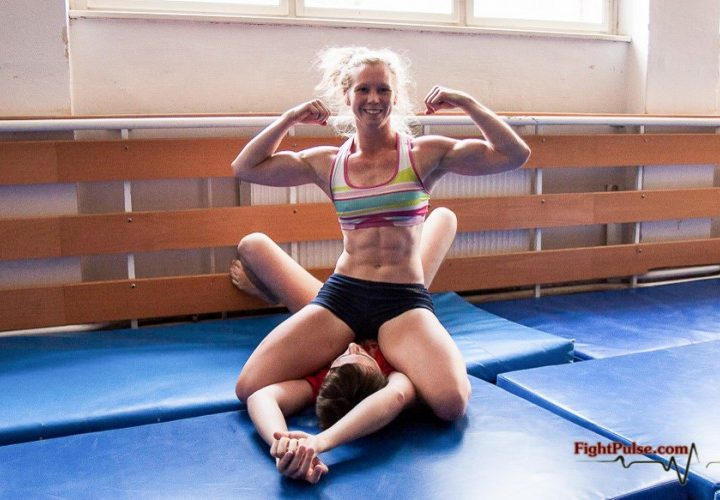 Fem Athletes: Six Pack Abs, Great Beginner's Suggestions