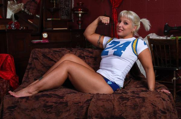 LuFisto, Powerful Indie Wrestler, Shapely Canadian Beauty