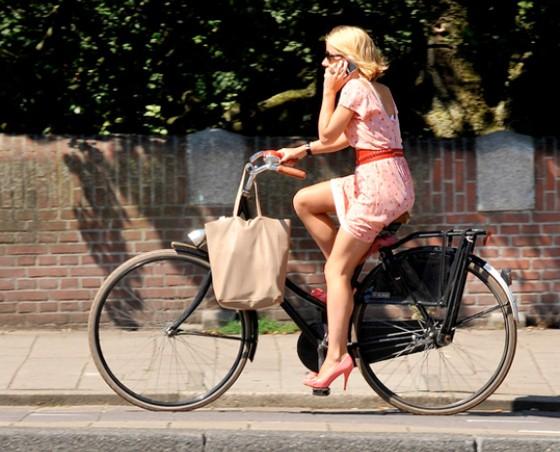 fciwomenswrestling.com article, bike-velobuc-free-fr, wikimedia photo credit