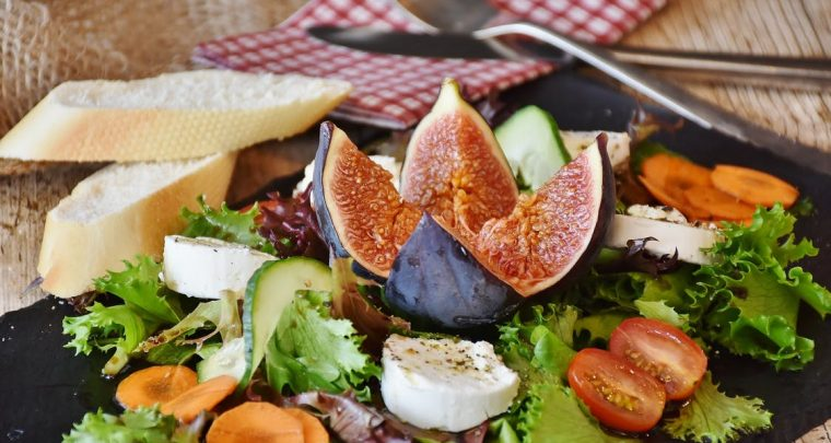 Fem Competitors, Healthy, Tasty Salad Recipes You'll Love