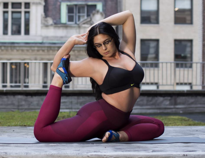Athletic Curvy Women Love No Bounce Sports Bras