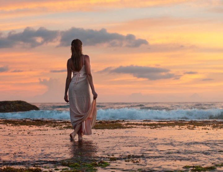 40 Ways To Let Go Of The Past And Leave It Behind