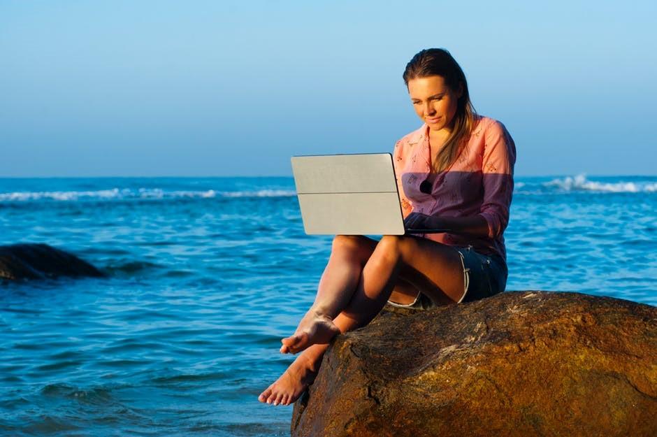fciwomenswrestling.com, femcompetitor.com article, Rich freestockpro.com pexels.com