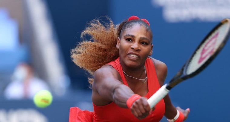 Heavyweight Fight, Serena TKOs Sloane In The 3rd